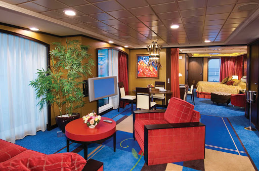 Guests staying in Norwegian Jewel's luxurious Owner's Suites have separate bedrooms, living and dining areas, baths, large balconies and access to the serene Courtyard area.