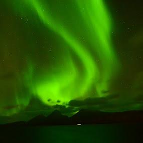 Fantastisk Nordlys.. by Trond Svendsen - Landscapes Weather