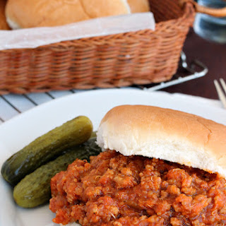 {Slow Cooker} BBQ Chicken Quinoa Sloppy Joes.