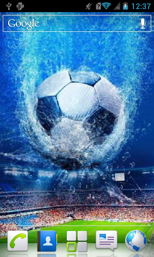 Soccer Ball in Water a live