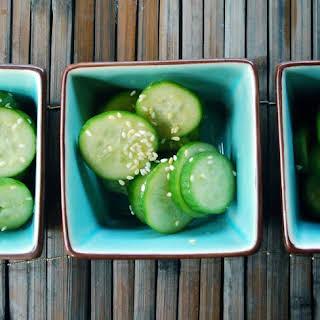 Japanese Cucumber Salad | Sunomono Salad.