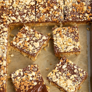 Peanut Butter, Chocolate, and Oat Cereal Bars