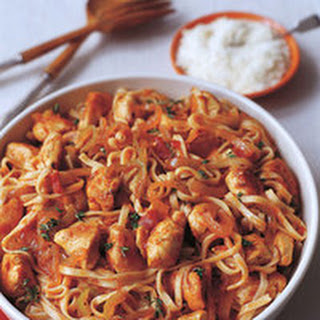 Chicken, Peppers and Onion with Linguine.
