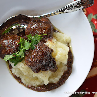 Country Style Beef Meatballs With Gravy.