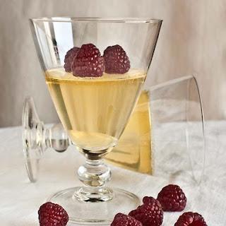 Sparkling Spanish Wine Gelatin Cups.
