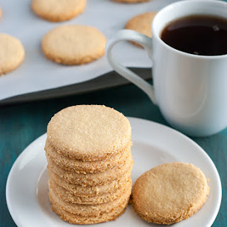 Low Carb Shortbread Cookies.
