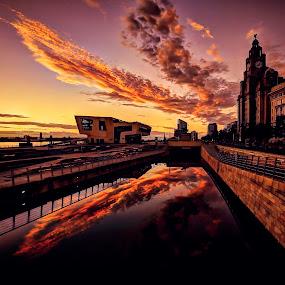 CLOUD CATCHER by Derek Tomkins - Landscapes Sunsets & Sunrises ( Urban, City, Lifestyle )