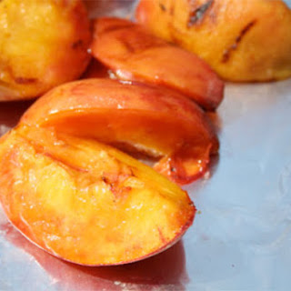 Grilled Peaches with Butter Rum Sauce