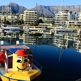 Laughing ciy by Sonika Sharma - City,  Street & Park  Neighborhoods ( water reflection, table mountain, buildings, boat, daylight )