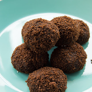 Chocolate Fudge Rum Balls