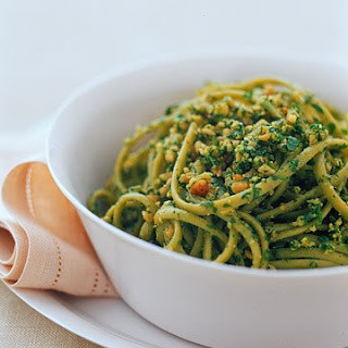 Spinach Linguine With Walnut-Arugula Pesto.