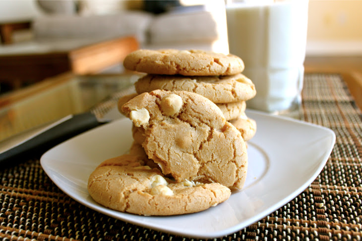 White Chocolate and Macadamia Nut Cookies Recipe