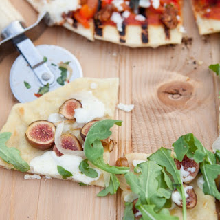 Fig, Caramelized Onion & Goat Cheese Pizza.