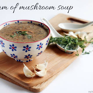 Cream of Mushroom Soup (Paleo).