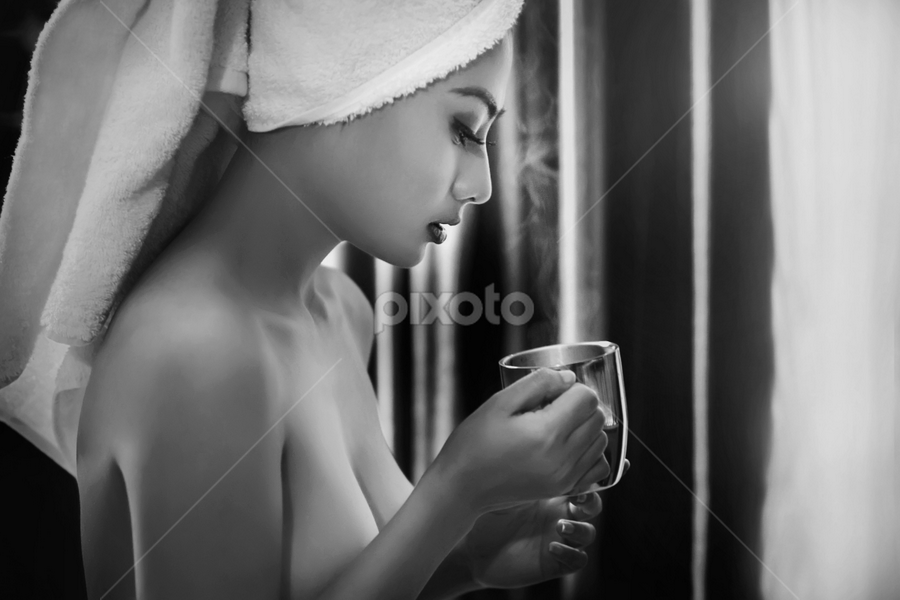 by Ivan Lee - Black & White Portraits & People ( canon, cup, model, girl )