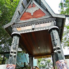 Entrance to Sidabutar by Diadjeng Laraswati H - Buildings & Architecture Public & Historical (  )