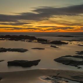 Sunrise at Bellambi Point by Bradley Rasmussen - Landscapes Waterscapes ( water, waterscape, bellambi, ocean, sunrise )