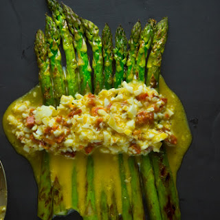 Asparagus with Egg and Chorizo