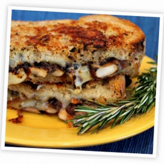 Mushroom Grilled Cheese with Balsamic-Caramelized Onions