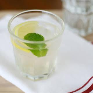 Elderflower Gin Cocktail.