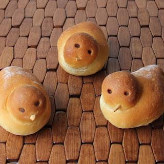 Birdie Bread Rolls.