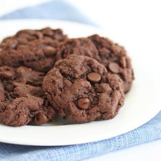 Healthier 3 Ingredient Fudgy Chocolate Cookies.