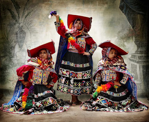 II, Traditional women's costume, district of Tinta, province of Canchis, Cusco, Peru 2010