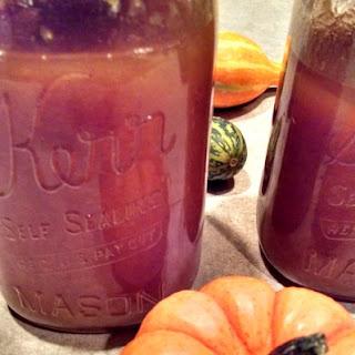 Crock-Pot Pumpkin Pie Moonshine.