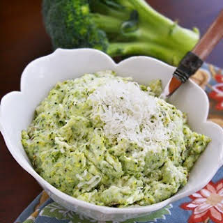 Asiago Mashed Potatoes and Broccoli.