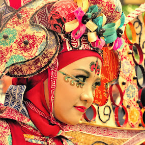 fashion of jakarta 2 by Ahmad Yahya - People Fashion ( fashion, batik, indonesia, jakarta )