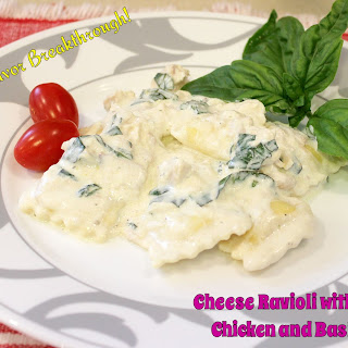 Cheese Ravioli with Creamy Chicken and Basil Sauce!.
