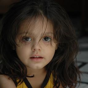 cuty.... by Raj Verma - Babies & Children Child Portraits