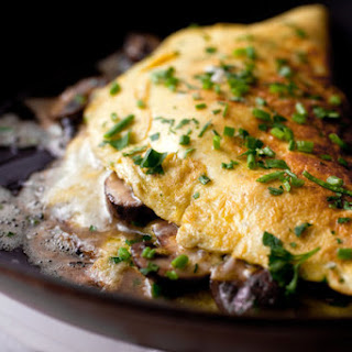Mushroom Omelet With Chives