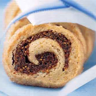 Anise-Scented Fig and Date Swirls