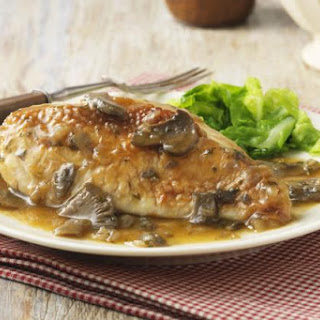 Apple Brandy Chicken with Cream and Mushrooms