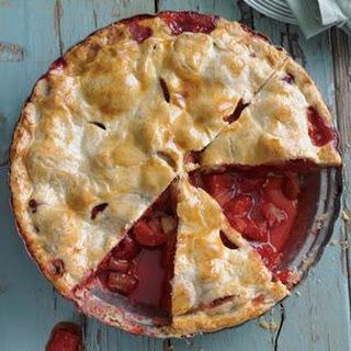Tangy Rhubarb-Strawberry Pie