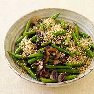 Green Beans with Mushrooms and Crisp Onion Crumbs