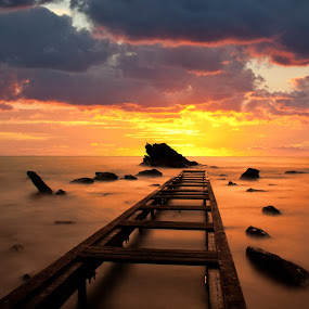 by Gianluca Presto - Landscapes Sunsets & Sunrises ( clouds, tuscany, toscana, romantic, sea, seascape, italia, sunset, sunsets, sunshine, italy, rocks, longexposure,  )