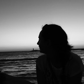 she and the sea by Patrik Voicu - Black & White Portraits & People ( she, sea, black and white, b&w, landscape )