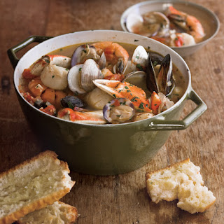 Cioppino with Toasted Baguette.