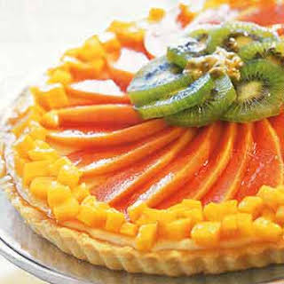 Cheesecake Tart with Tropical Fruits.