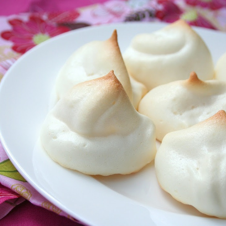 Shannon's Sugar-Free Meringues (Low Carb and Gluten-Free)