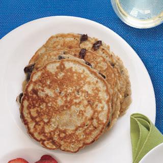 Cinnamon–Chocolate Chip Pancakes