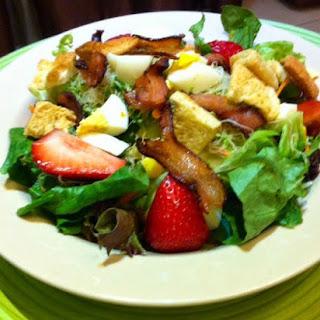 Bacon and Egg Garden Salad