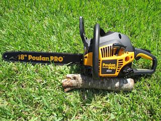 """Poulan 18"""" Chainsaw"""