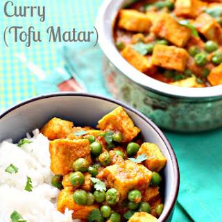 Tofu and Peas Curry (Tofu Matar) #SundaySupper