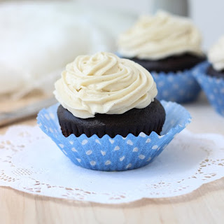 Dark Chocolate Quinoa Cupcakes with Vanilla Bean Icing