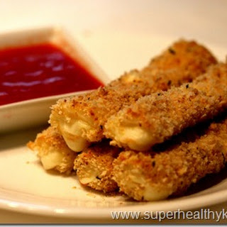 Crunchy Mozzarella Sticks