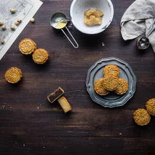 Traditional Cantonese Mooncakes