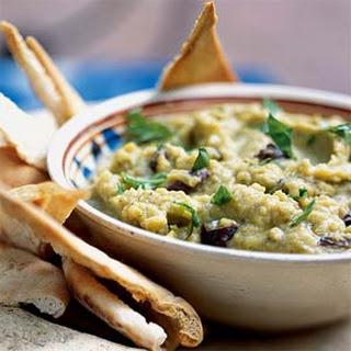 Split Pea-Garlic Dip (Skordalia)